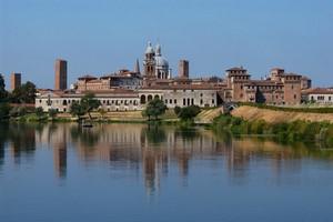 Leiebil Mantova