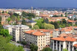 Leiebil Bergamo